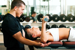 personal-trainer-working